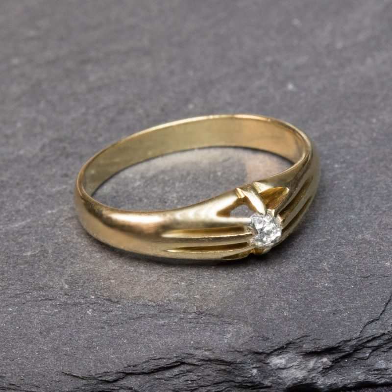 Shop 18ct Yellow Gold Diamond Vintage Ring - Order Online