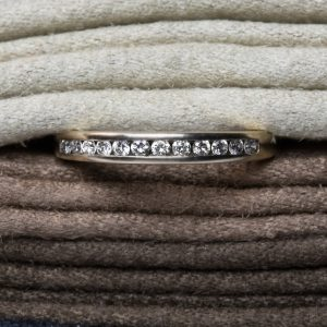 Shop Pre-Owned 9ct Gold Half Eternity Diamond Ring - Order Online Today for Next Day Delivery
