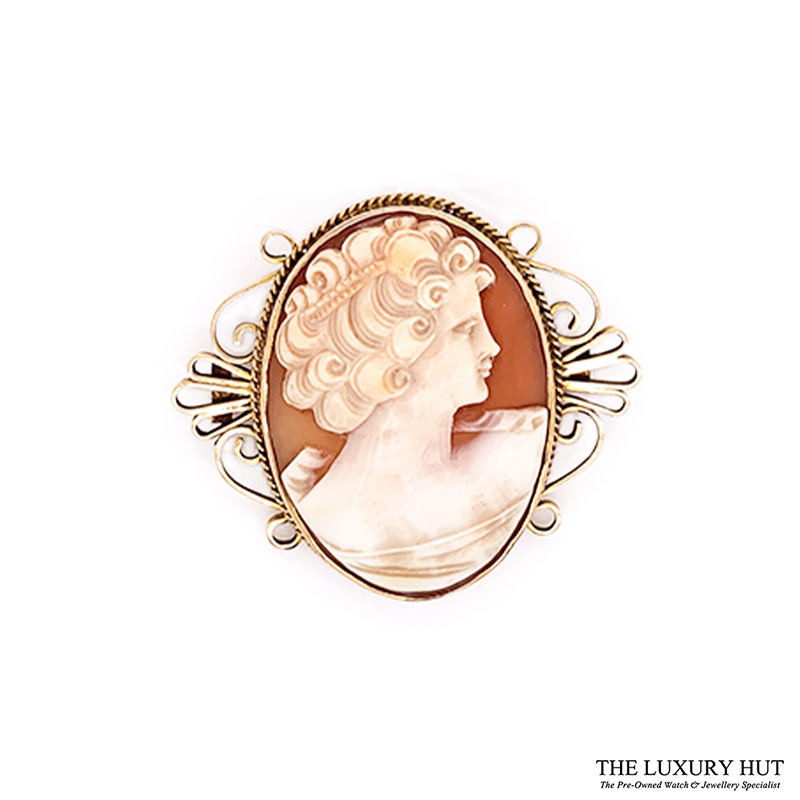 Shop 9CT Yellow Gold Vintage Cameo - Order Online Today for Next Day Delivery - Sell Your Old Vintage Jewellery to Us at The Luxury Hut