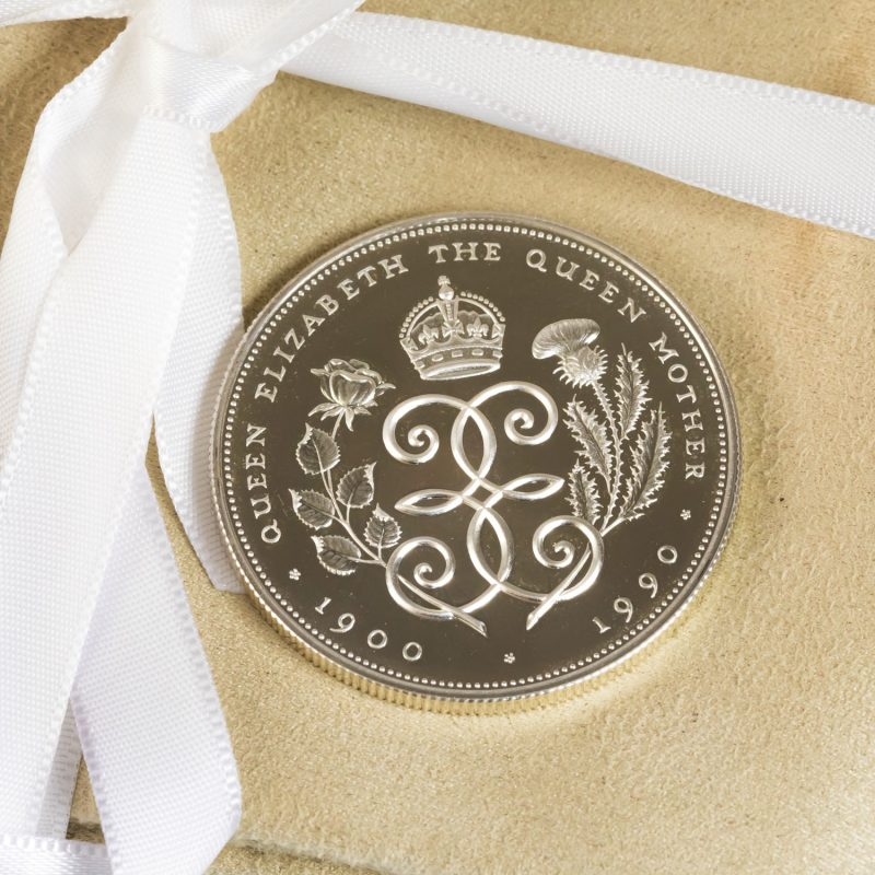 Shop Queen Elizabeth Silver £5 Coins - Order Online Today