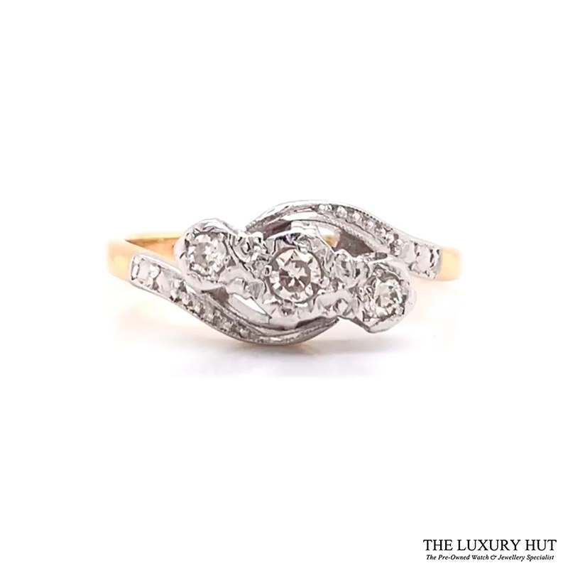 Shop Gold Diamond Engagement Rings - Order Online Today for Next Day Delivery