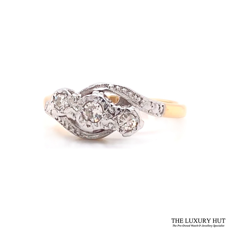 Shop Gold Diamond Engagement Rings - Order Online Today for Next Day