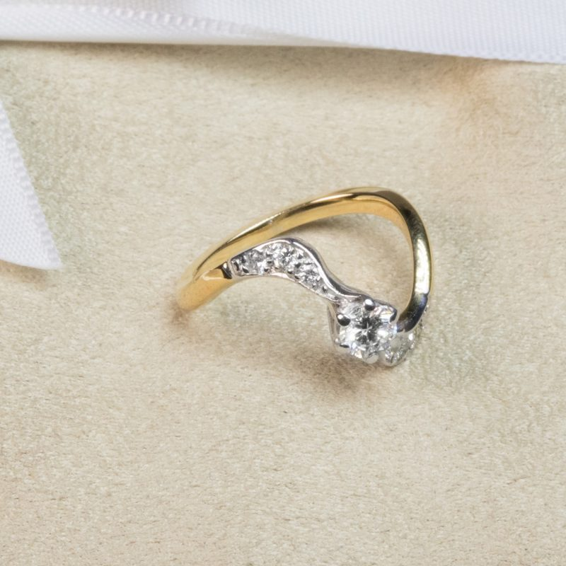 Shop 18 Gold & Platinum Diamond Rings - Order Online Today for Next Day Delivery