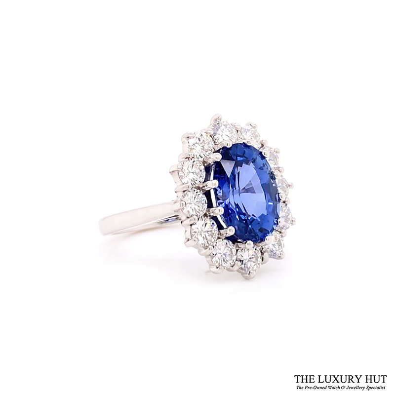 18ct White Gold 4.48ct Sapphire Engagement Ring Order Online