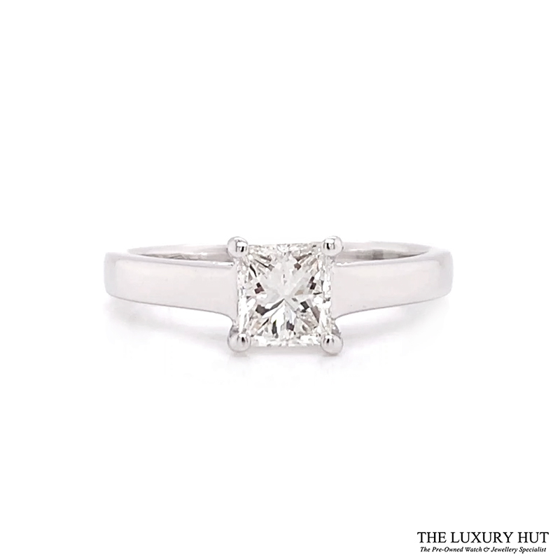 18ct White Gold 0.62ct Certified Diamond Solitaire Ring - Order Online Today For Next Day Delivery - Sell Your Diamond Jewellery To The Luxury Hut London