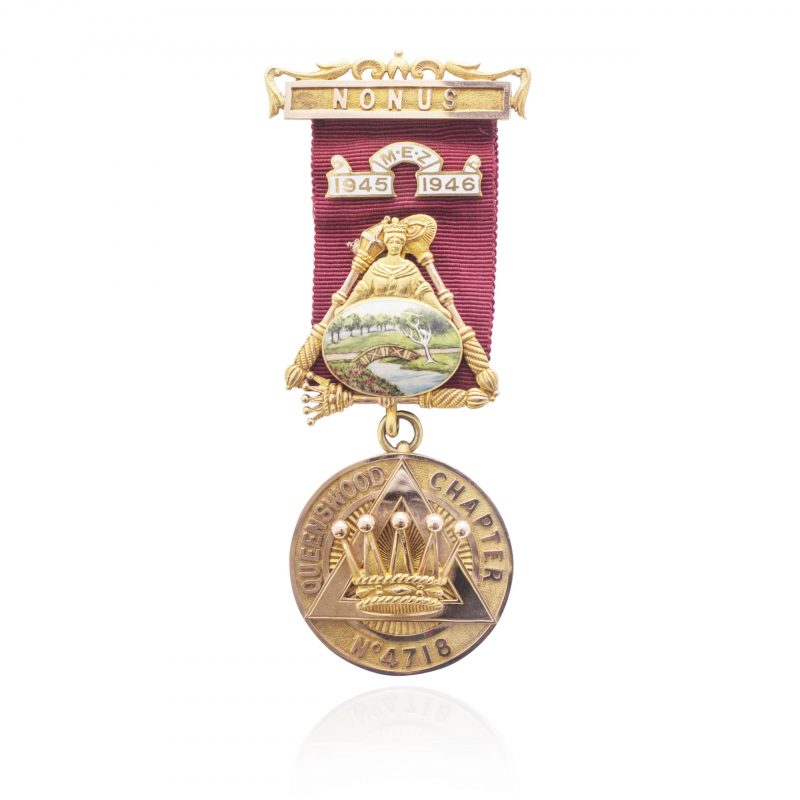 9Ct Yellow Gold Vintage Queenswood Chapter Masonic Medal - Order Online Today For Next Day Delivery