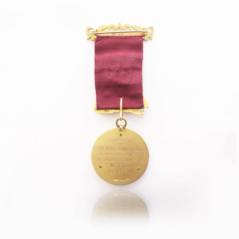 9Ct Yellow Gold Vintage Queenswood Chapter Masonic Medal - Order Online
