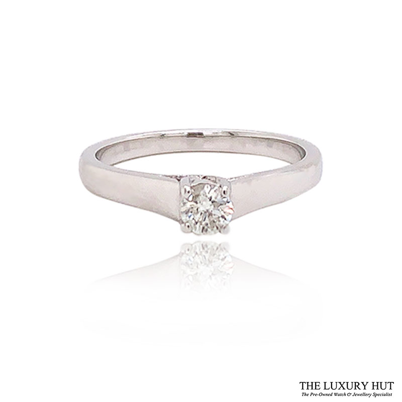 Shop Pre-Owned White Gold Diamond Solitaire Rings - Order Online Today For Next Day Delivery - Sell Your Diamond Jewellery To The Luxury Hut Hatton Garden