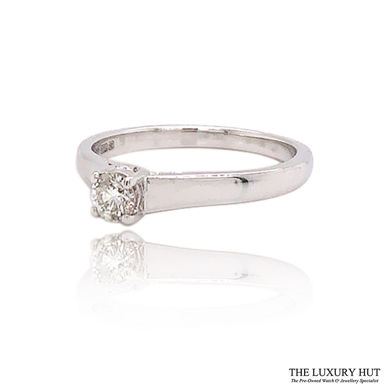 Shop Pre-Owned White Gold Diamond Solitaire Rings - Order Online Today For Next Day Delivery - Sell Your Diamond Jewellery To The Luxury Hut