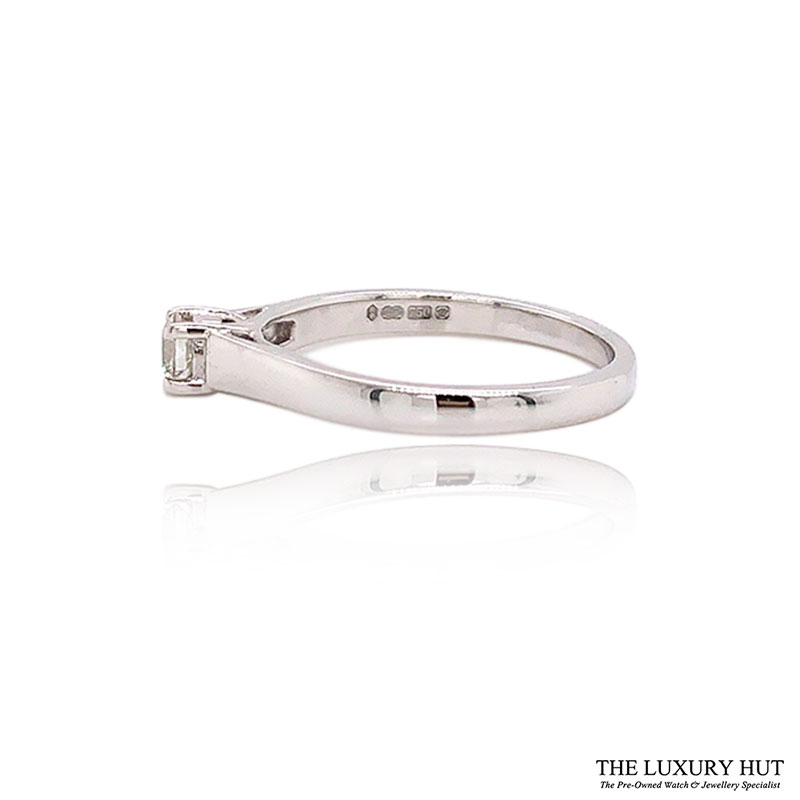 Shop Pre-Owned White Gold Diamond Solitaire Rings - Order Online Today For Next Day Delivery - Sell Your Diamond Jewellery