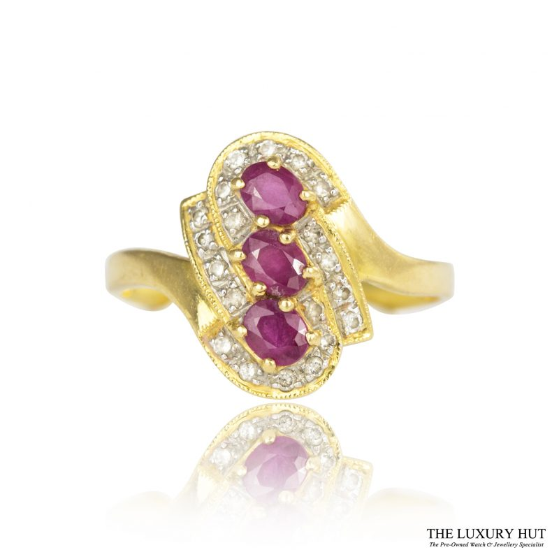 Shop 21.6ct Vintage Yellow Gold Ruby & Diamond Cluster Ring - Order Online Today For Next Day Delivery