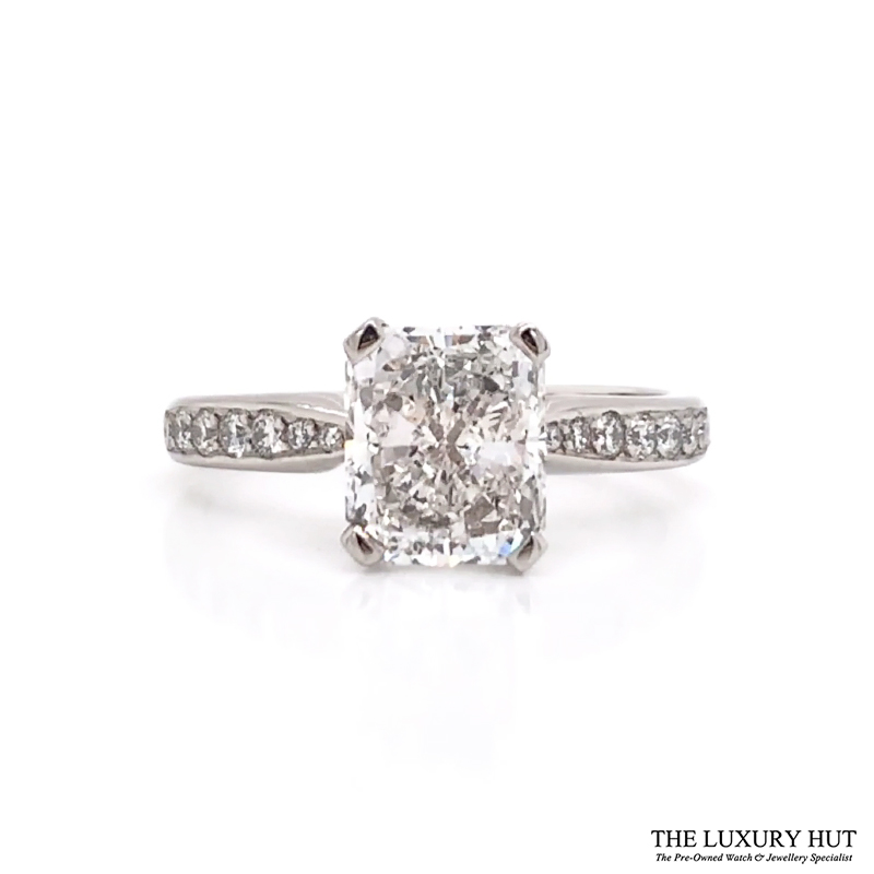 Shop 18ct White Gold Certified Diamond Engagement Ring - Order Online Today For Next Day Delivery