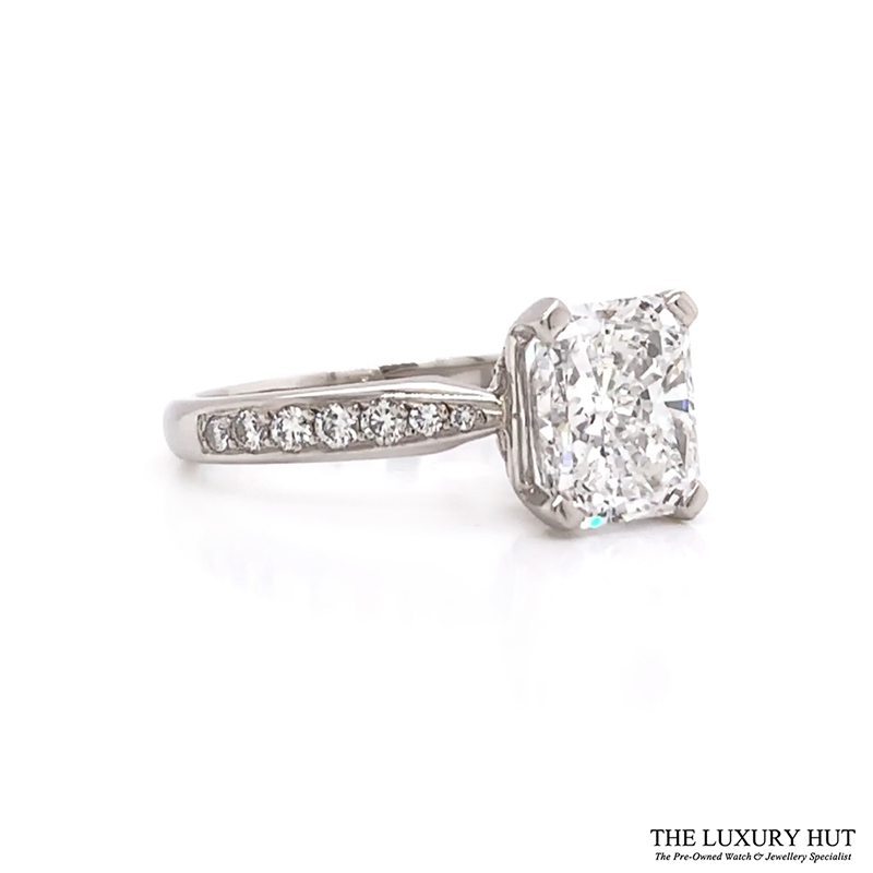 Shop 18ct White Gold Certified Diamond Engagement Ring - Order Online Today Delivery