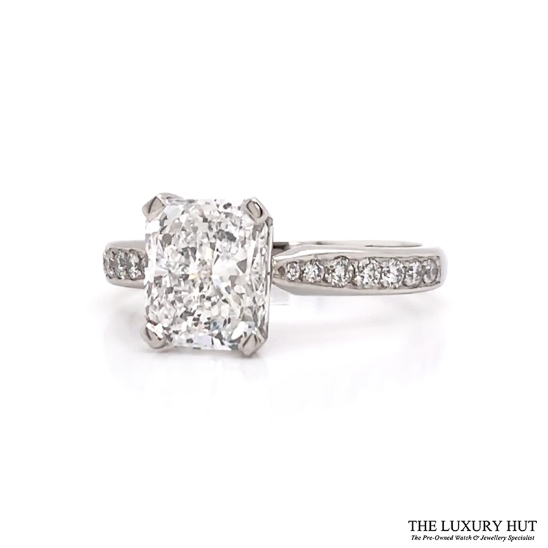 Shop 18ct White Gold Certified Diamond Engagement Ring - Order Online Today For Next Day