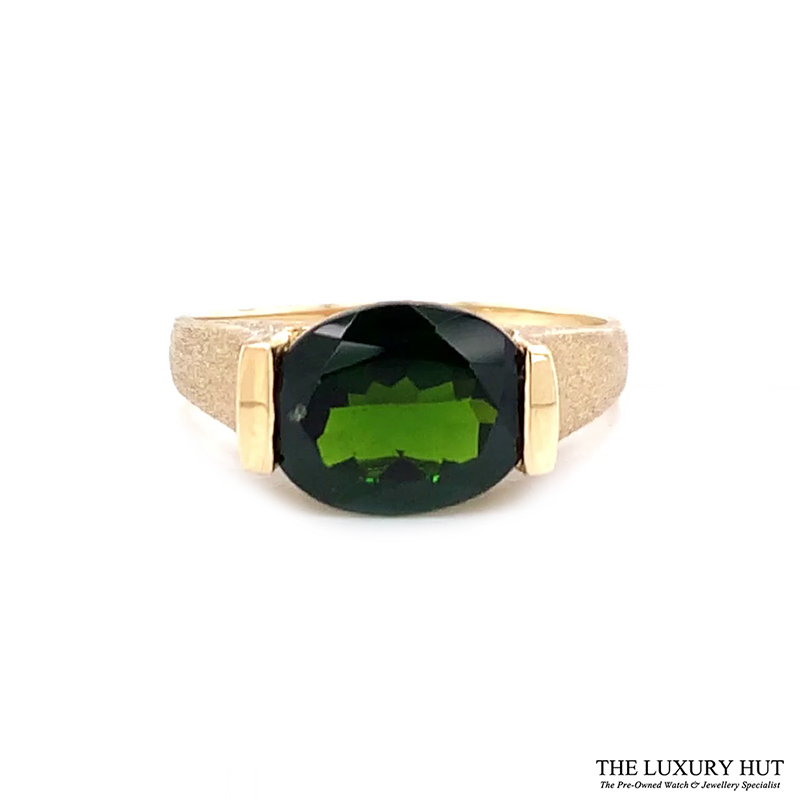 9ct Yellow Gold Diopside Solitaire Dress Ring Ref 24103 Order Online Today For Next Day Delivery - Sell Your Gold Ring To The Luxury Hut London