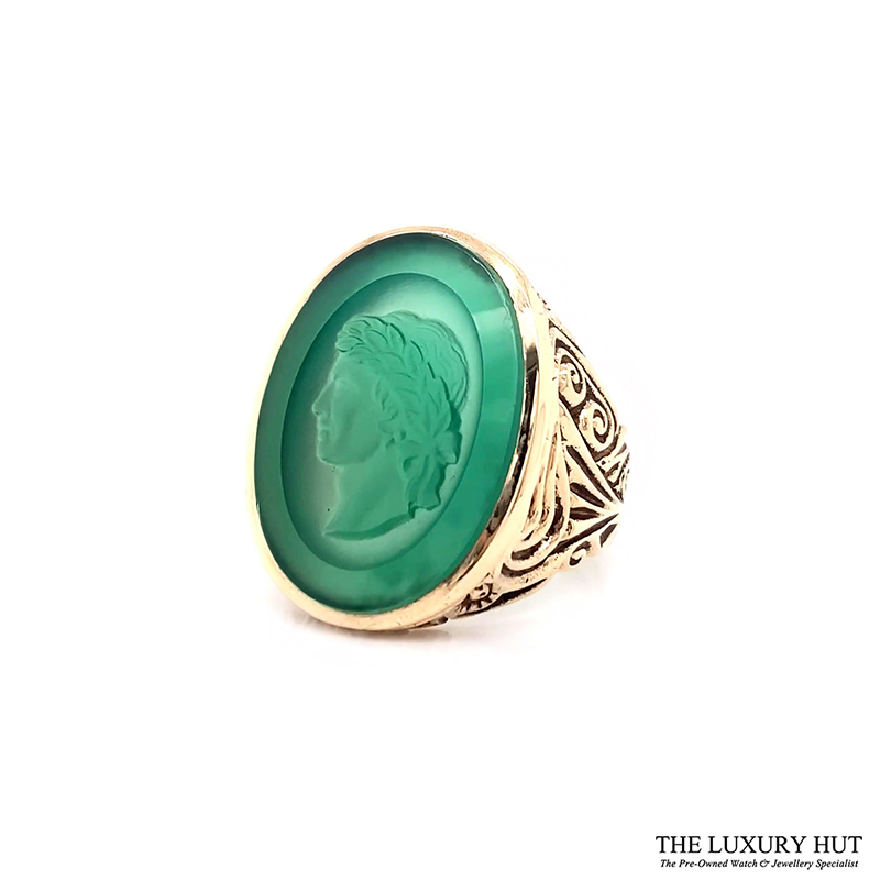 9ct Yellow Gold Carved Head Green Stone Signet Ring Ref 24394 Order Online Today For Next Day Delivery - Sell Your Signet Ring To The Luxury Hut
