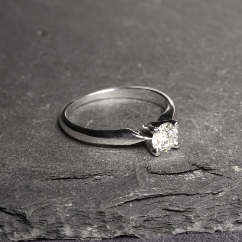 Shop Pre owned Diamond Engagement Rings