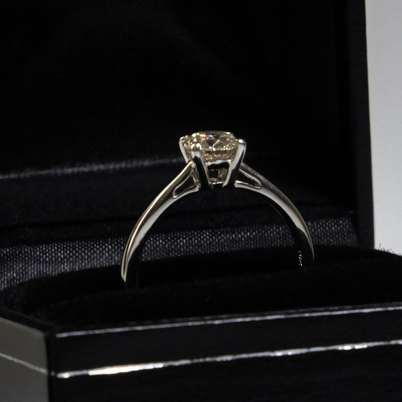 Shop Brand New Certified Diamond Rings - Order Online Today For Next Day Delivery - Sell