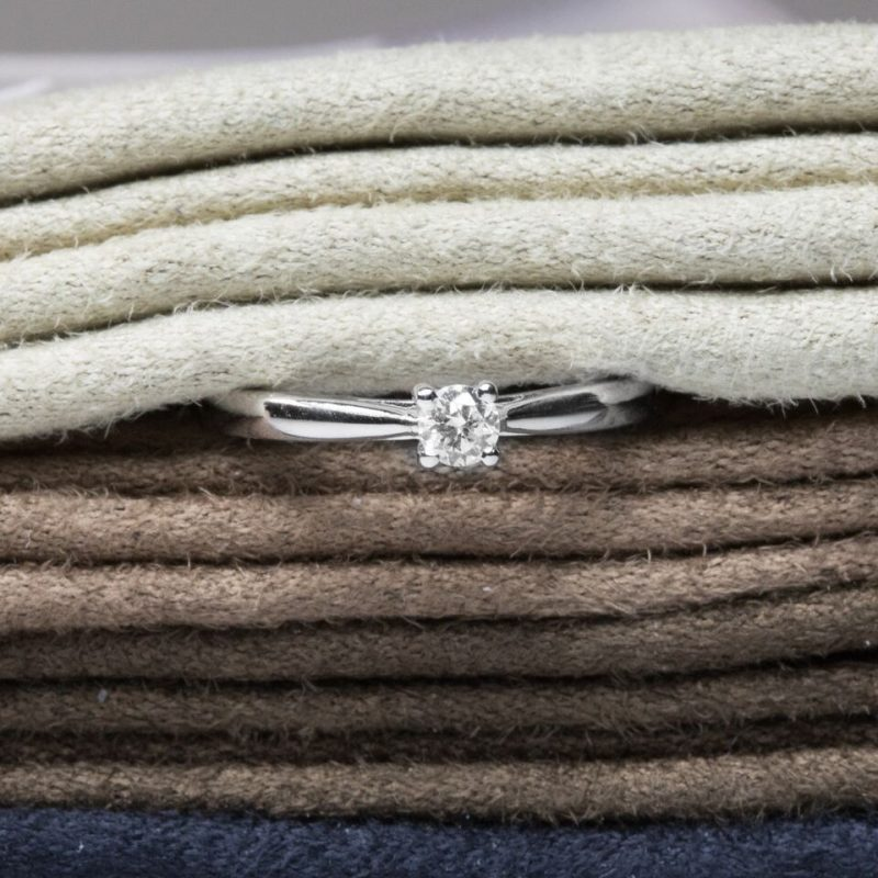 Shop 18ct White Gold Diamond Engagement Ring - Order Online Today For Next Day