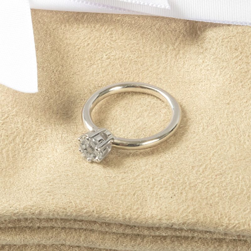 Shop 9CT White Gold Diamond Engagement Ring - Order Online Today for Next Day Delivery - Sell Your Old Jewellery to the Luxury Hut Hatton Garden