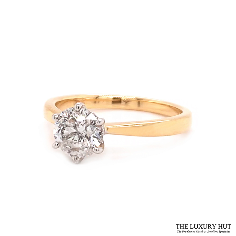 18ct White Gold 0.92ct Diamond Solitaire Engagement Ring Order Online Today For Next Day Delivery - Sell Your Diamond Ring To The Luxury Hut
