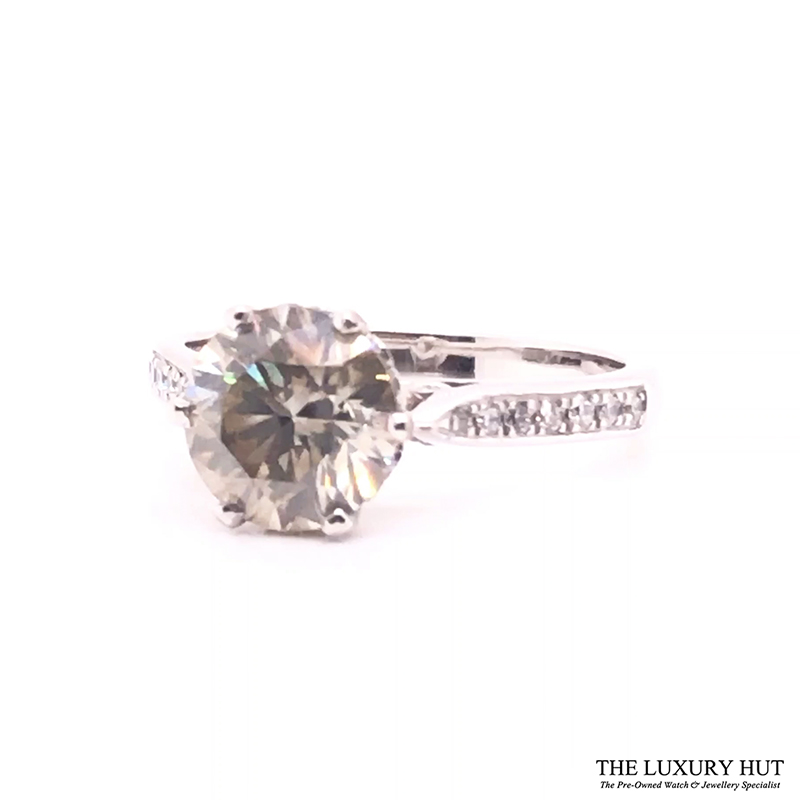 18ct White Gold & 2.5ct Diamond Solitaire Engagement Ring - Order Online Today For Next Day